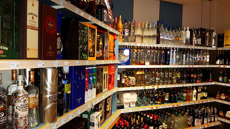 Alcohol & Tobacco shop with the cheapest prices of Luxembourg